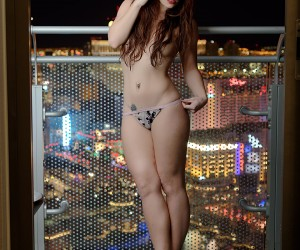 Amber, the model in the city that never sleeps