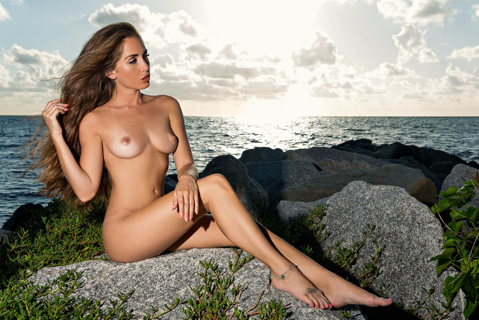 Glamour Model Magazine — The Most Amazing Melissa Lori! The