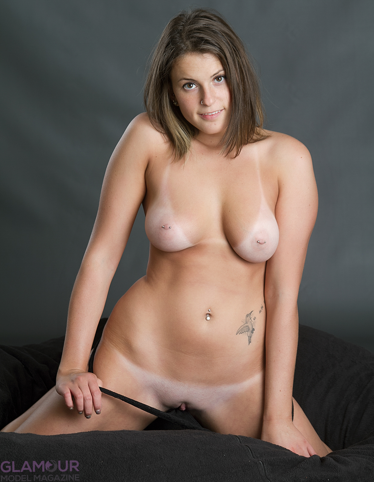 Zoe Nude 102