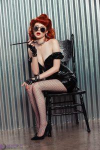 Apolla the steampunk queen